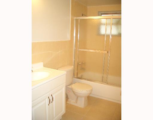 bathroom06_0